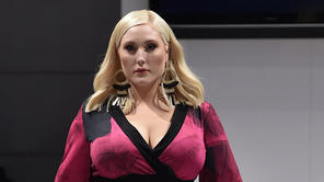 Plus-Size-Model Hayley Hasselhoff auf Fashion Week