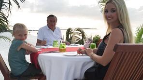 Adam sucht Eva: Lugner-Ex Kolibri sucht nackt ihren Traummann
