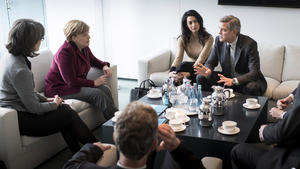 Hollywood-Star George Clooney trifft Kanzlerin Merkel