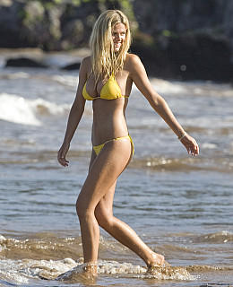 Brooklyn Decker Jennifer Aniston