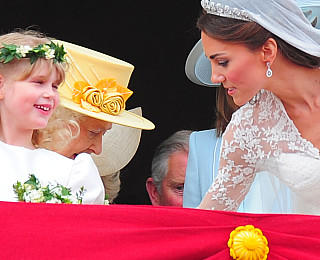 William Kate Hochzeit Queen Emotionen