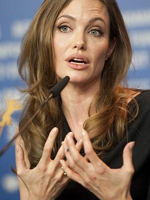 Angelina Jolie Brad Pitt Berlinale 2012 schwanger schockfilm In The Land Of Blood And Honey