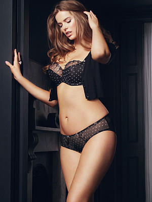 Plus size models over size models robyn lawley