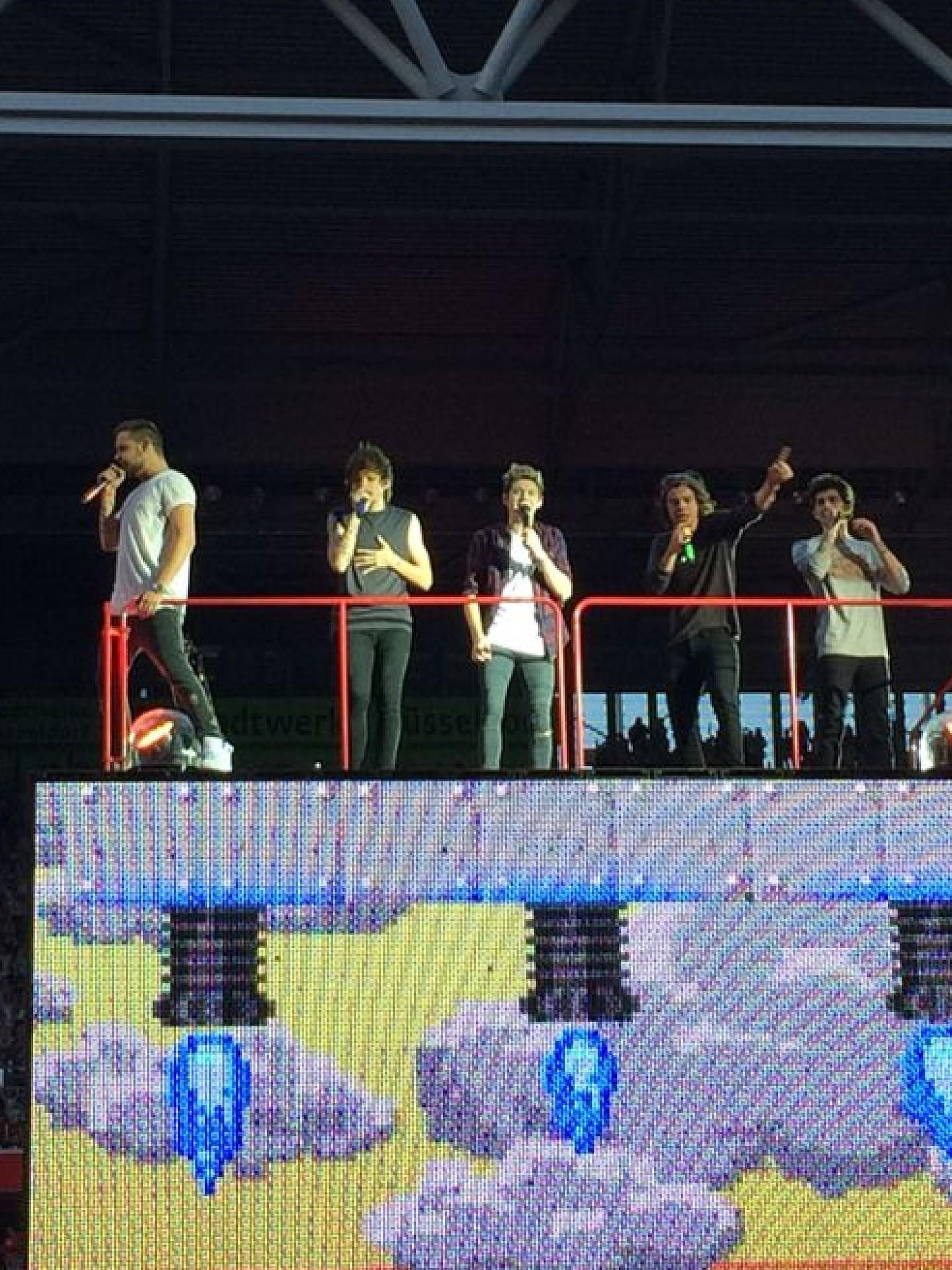 Kreisch-Alarm beim 'One Direction'-Konzert in Düsseldorf
