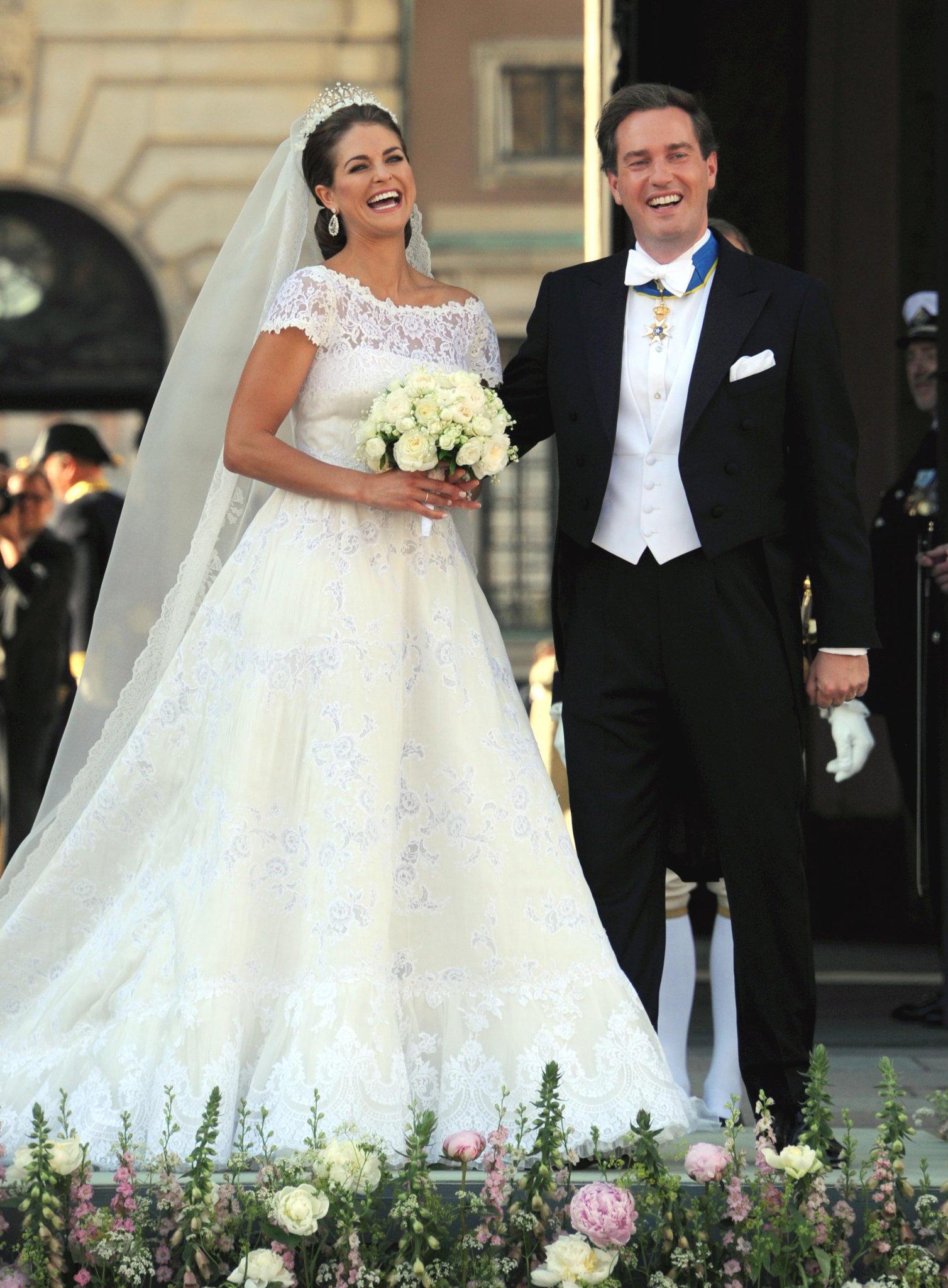 Jennifer Lopez Wedding Dress Designer