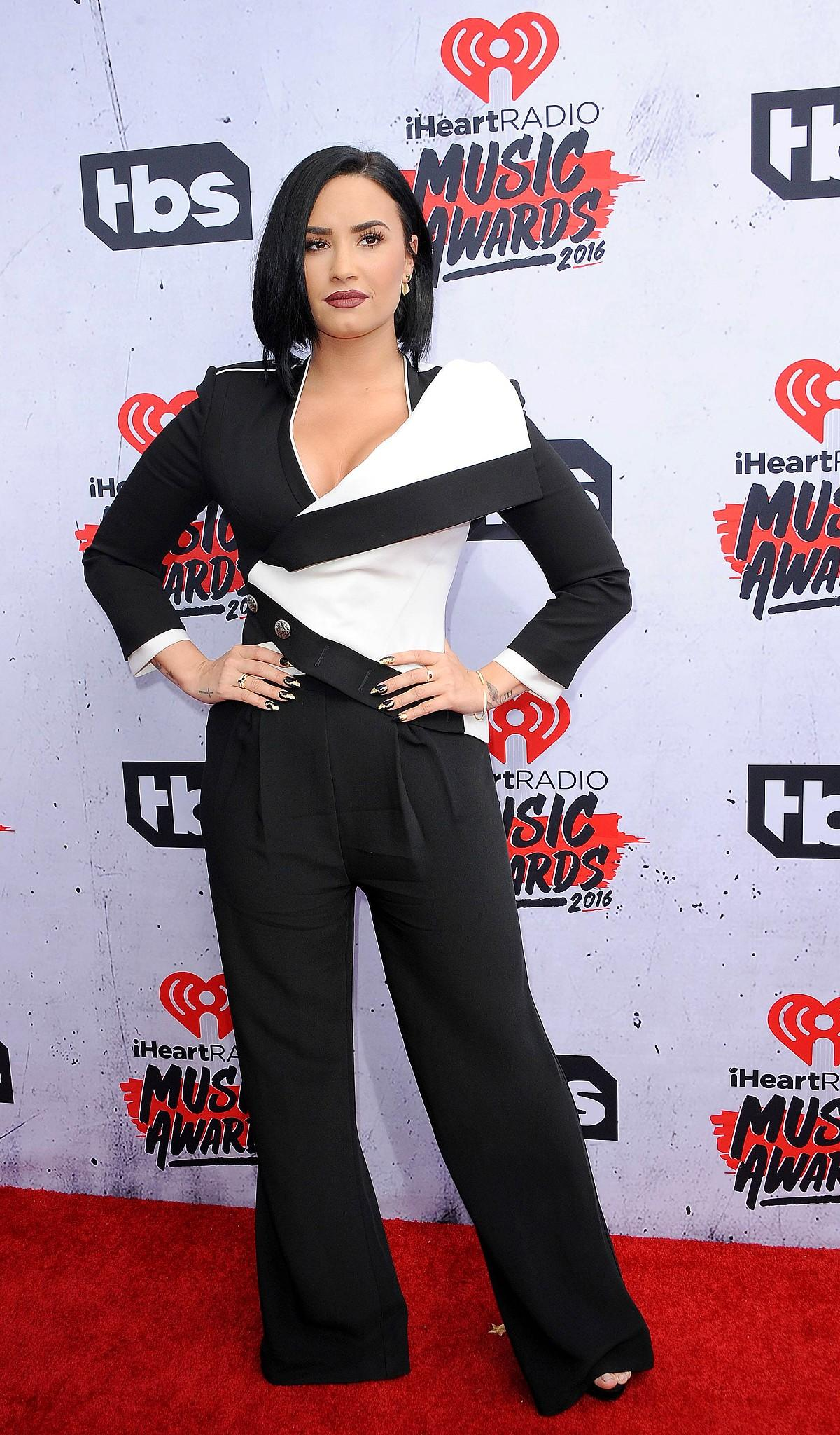 IheartRadio Awards 2016