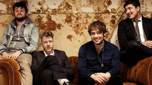"Mumford & Sons: Erste Live-DVD ""The Road To Red Rocks"""