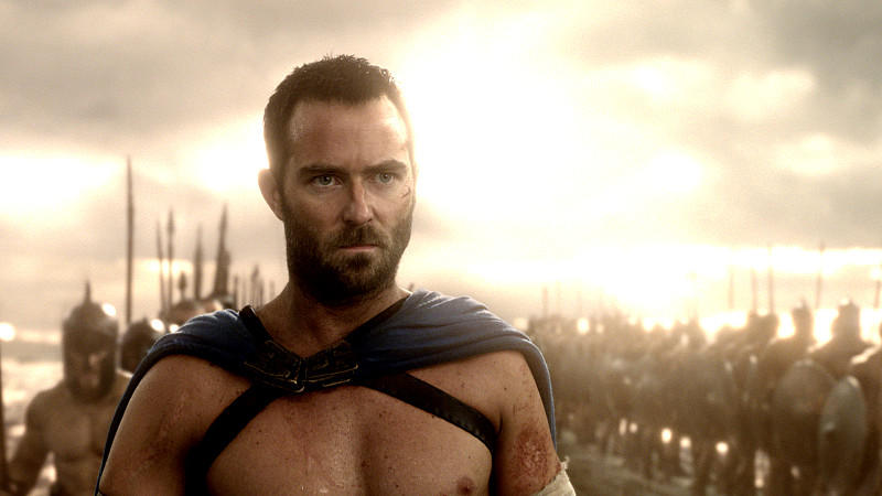 Sullivan Stapleton als Themistokles in '300: Rise of an Empire'