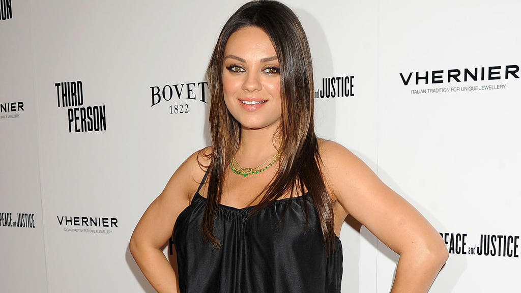 mila kunis neuer film war harter tobak. Black Bedroom Furniture Sets. Home Design Ideas