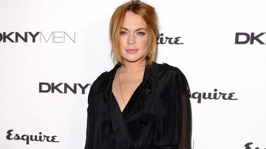 Lindsay Lohan nackt verkleiden sich Spiele