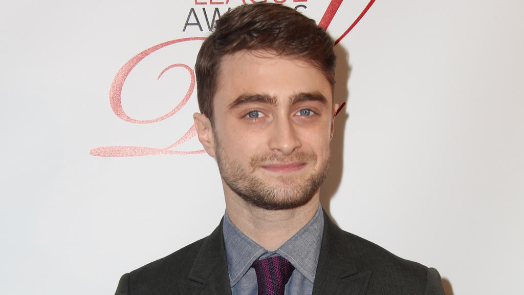 daniel radcliffe jetzt besser im bett. Black Bedroom Furniture Sets. Home Design Ideas