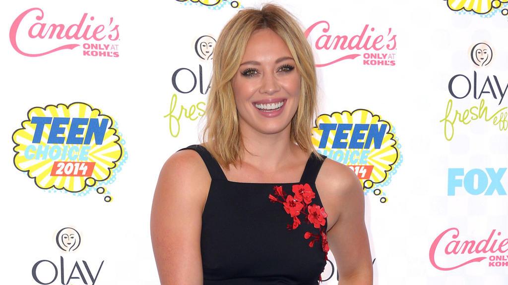 Hilary Duff verabredet sich zu Online-Dates STERNde