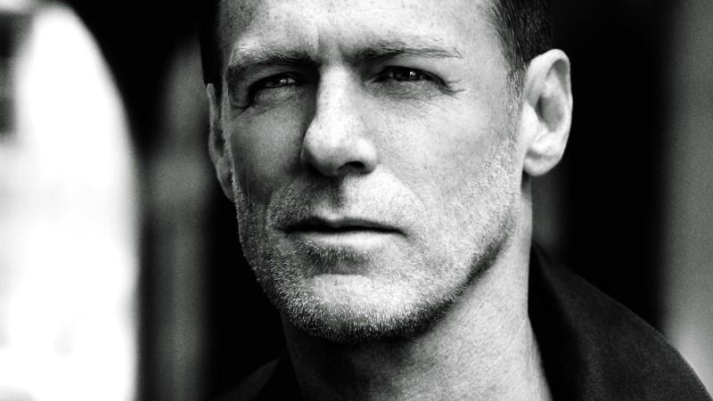 Bryan Adams veröffentlicht das Cover-Album 'Tracks Of My Years'