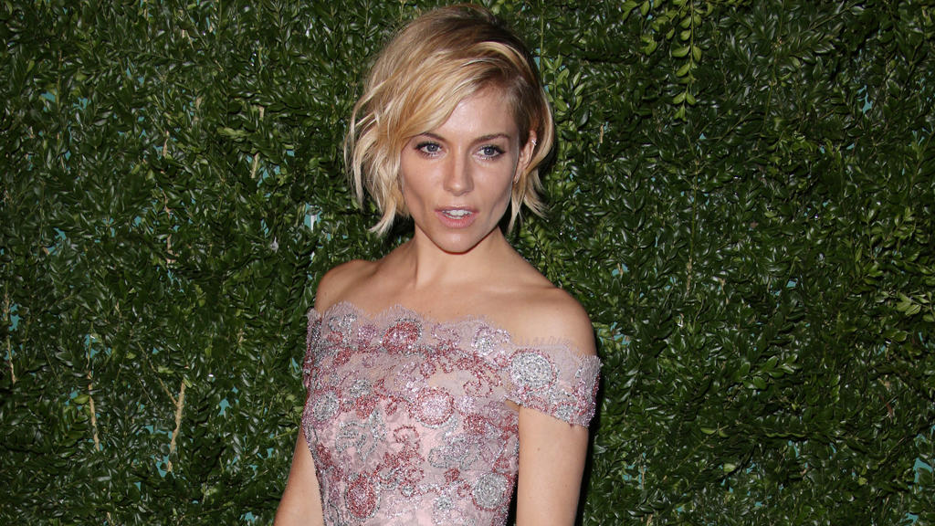 sienna miller angst vor neuer rolle. Black Bedroom Furniture Sets. Home Design Ideas