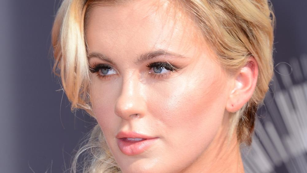 """Seelisches Trauma"": Ireland Baldwin in Reha-Klinik"