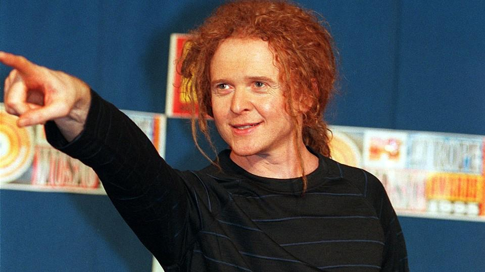 Mick Hucknall wagt mit 'Simply Red' ein Comeback