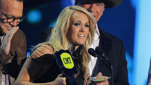 Carrie Underwood räumt bei CMT Music Awards ab