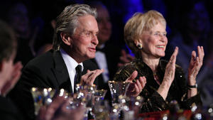 Michael Douglas trauert um seine Mutter