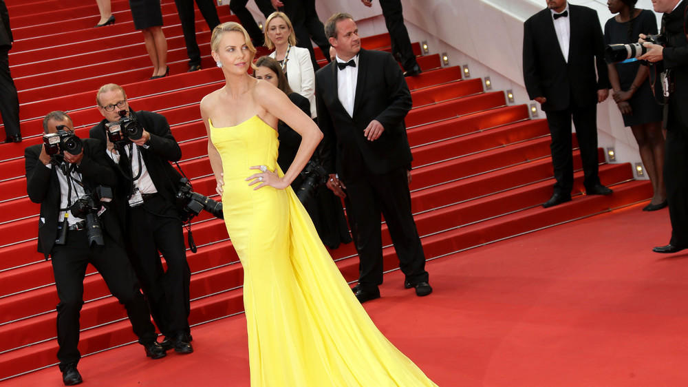 Charlize Theron: Ihre schönsten Red-Carpet-Looks