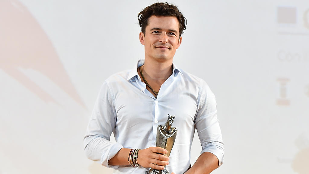 Orlando Bloom flirtet in England