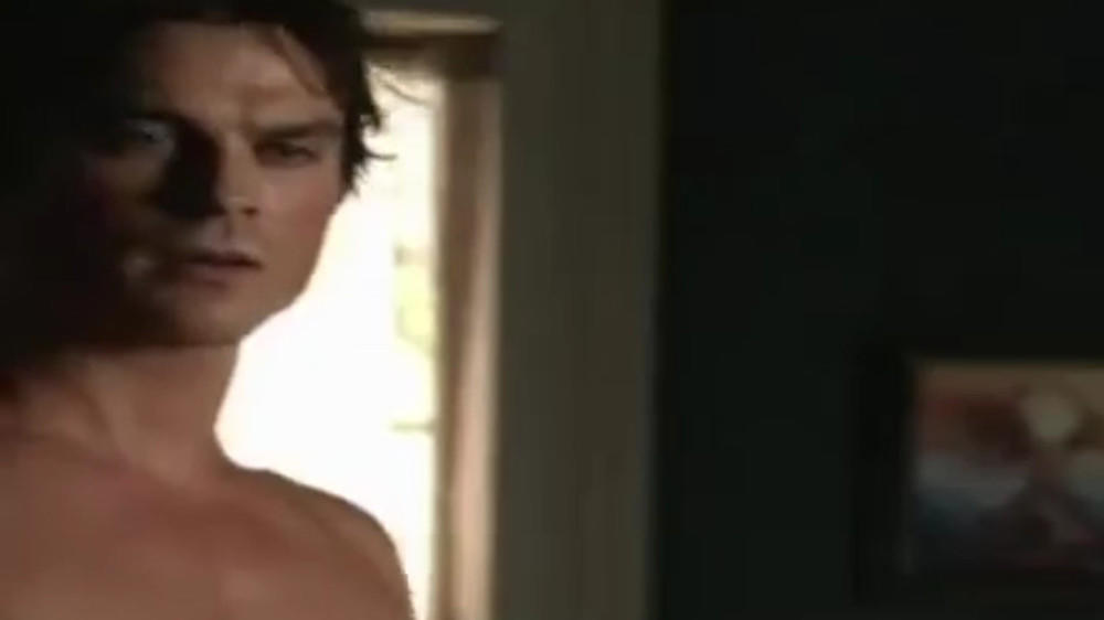 """The Vampire Diaries""-Trailer: Ian Somerhalder zieht blank"