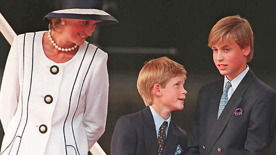 Lady Diana mit Harry und William