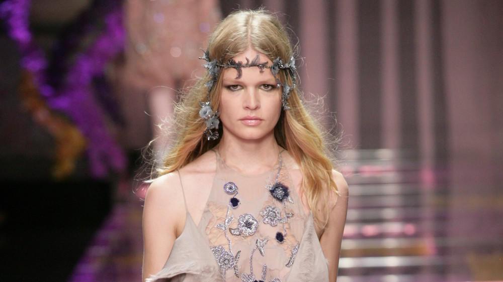 Model Of The Year: Anna Ewers schlägt Jenner und Hadid