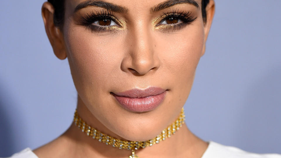 Beauty-Trends 2016 aus Hollywood: Contouring ist out, Strobing ist in!