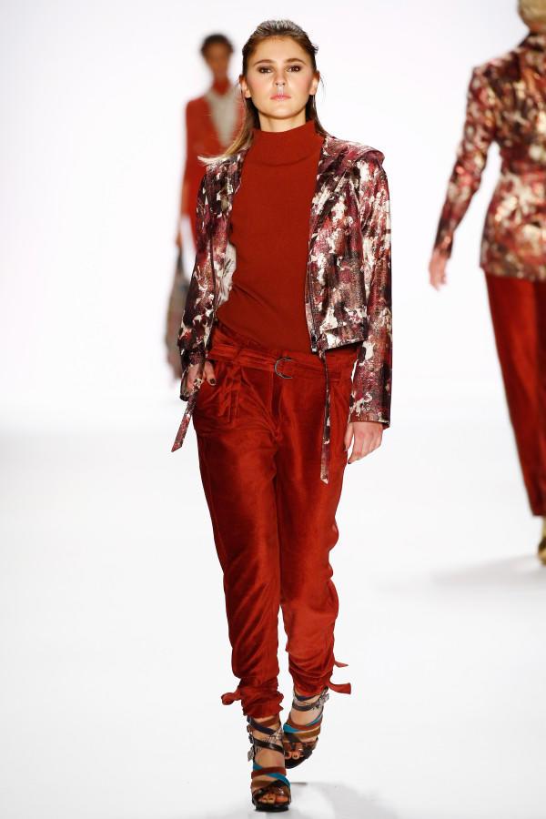 Berlin Fashion Week 2016 39 Gntm 39 Gewinnerin Stefanie