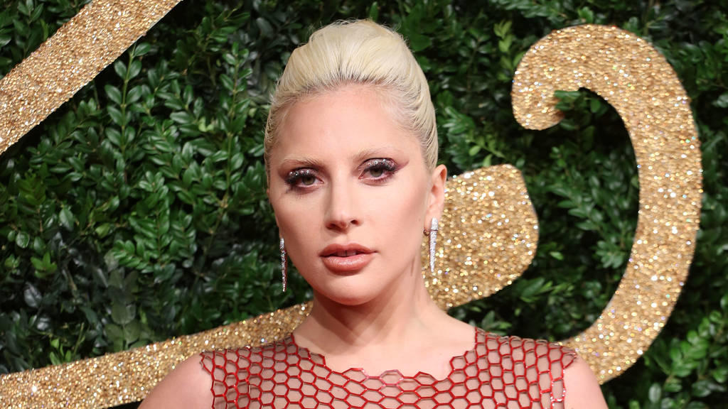 Lady Gaga singt die US-Nationalhymne