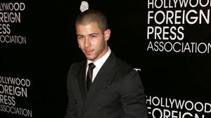 Nick Jonas datet angeblich Lily Collins