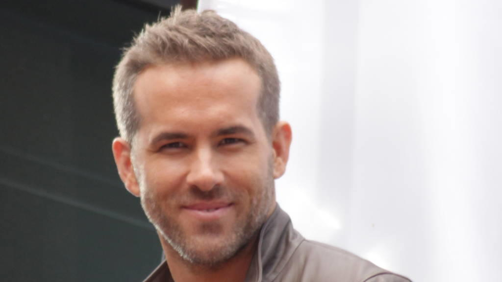 Ryan Reynolds: Sexiest Dad Alive