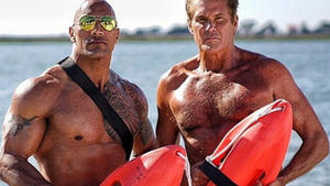 "David Hasselhoff zeigt seine ""Baywatch""-Form"