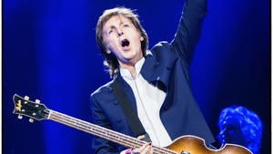 """One on One""-Tour: McCartney spielt erstmals Beatles-Klas..."