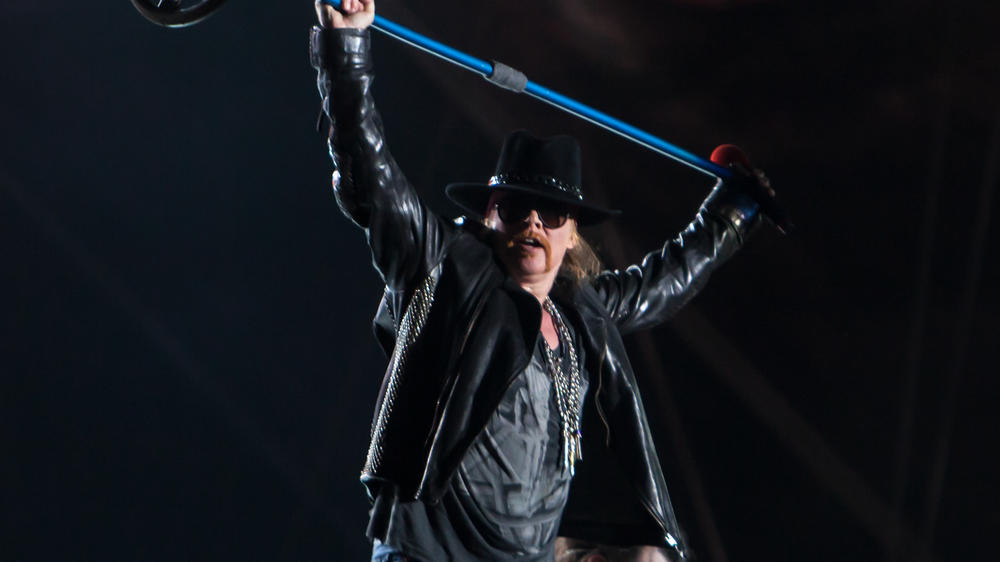 """Highway to Hell"": Fährt Axl Rose auch AC/DC an die Wand?"