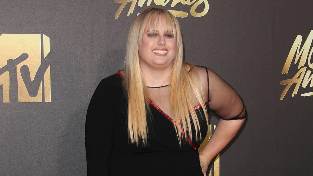 Rebel Wilson verklagt Bauer Media