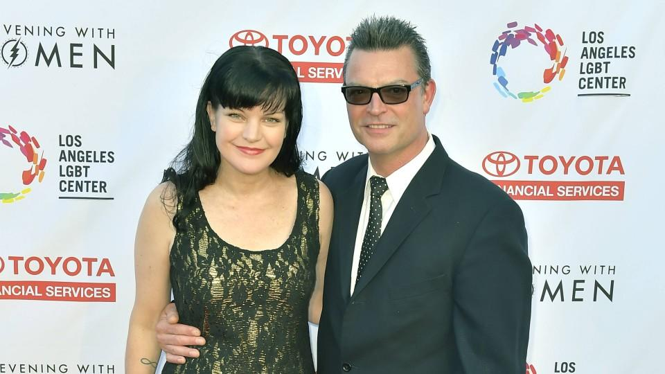 Die Schauspielerin Pauley Perrette bei der Gala 'An Evening with Women' der 'Toyota Financial Services' in Los Angeles