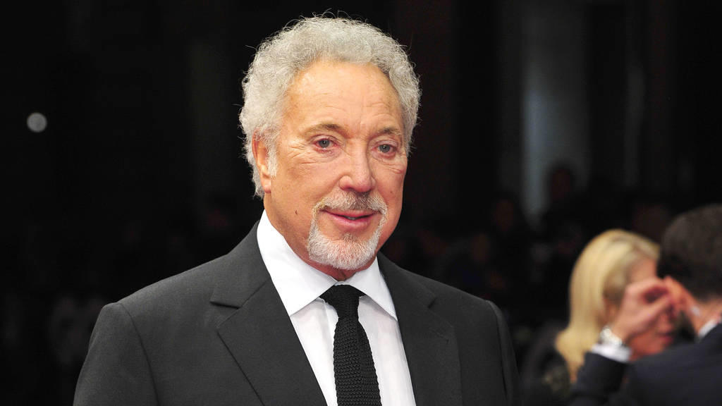 Tom Jones: Emotionaler Auftritt beim Hay Festival