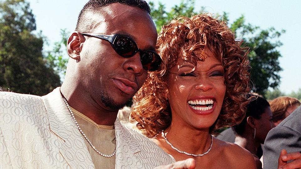 Bobby Brown enthüllt: Whitney Houston war bisexuell.