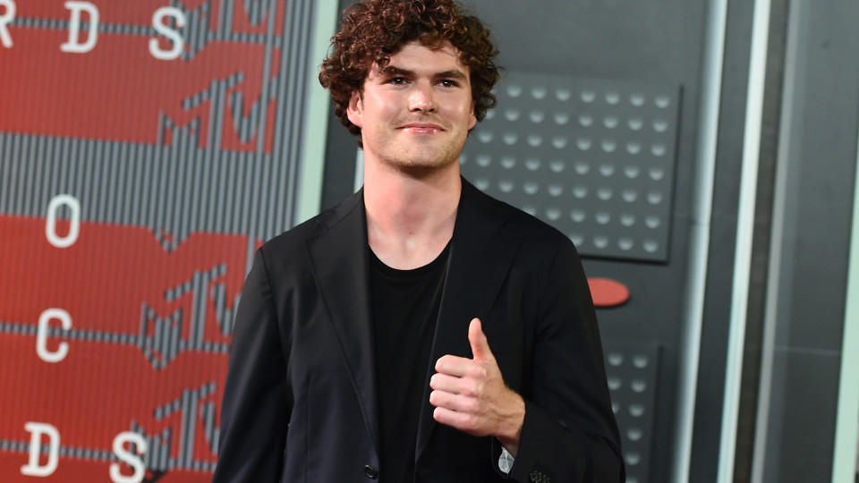 Vance Joy bei den MTV Video Music Awards 2015