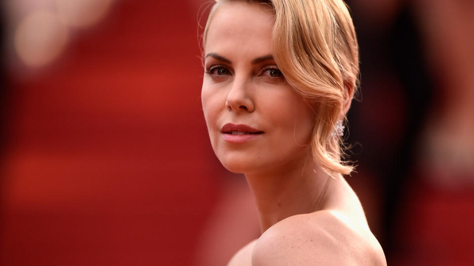 CANNES, FRANCE - MAY 14:  Charlize Theron attends Premiere of 'Mad Max: Fury Road' during the 68th annual Cannes Film Festival on May 14, 2015 in Cannes, France.  (Photo by Pascal Le Segretain/Getty Images)