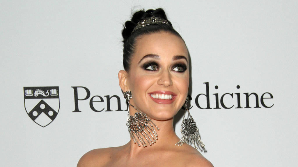 Katy Perry: Mikro-Managerin ihrer Footwear-Kampagne
