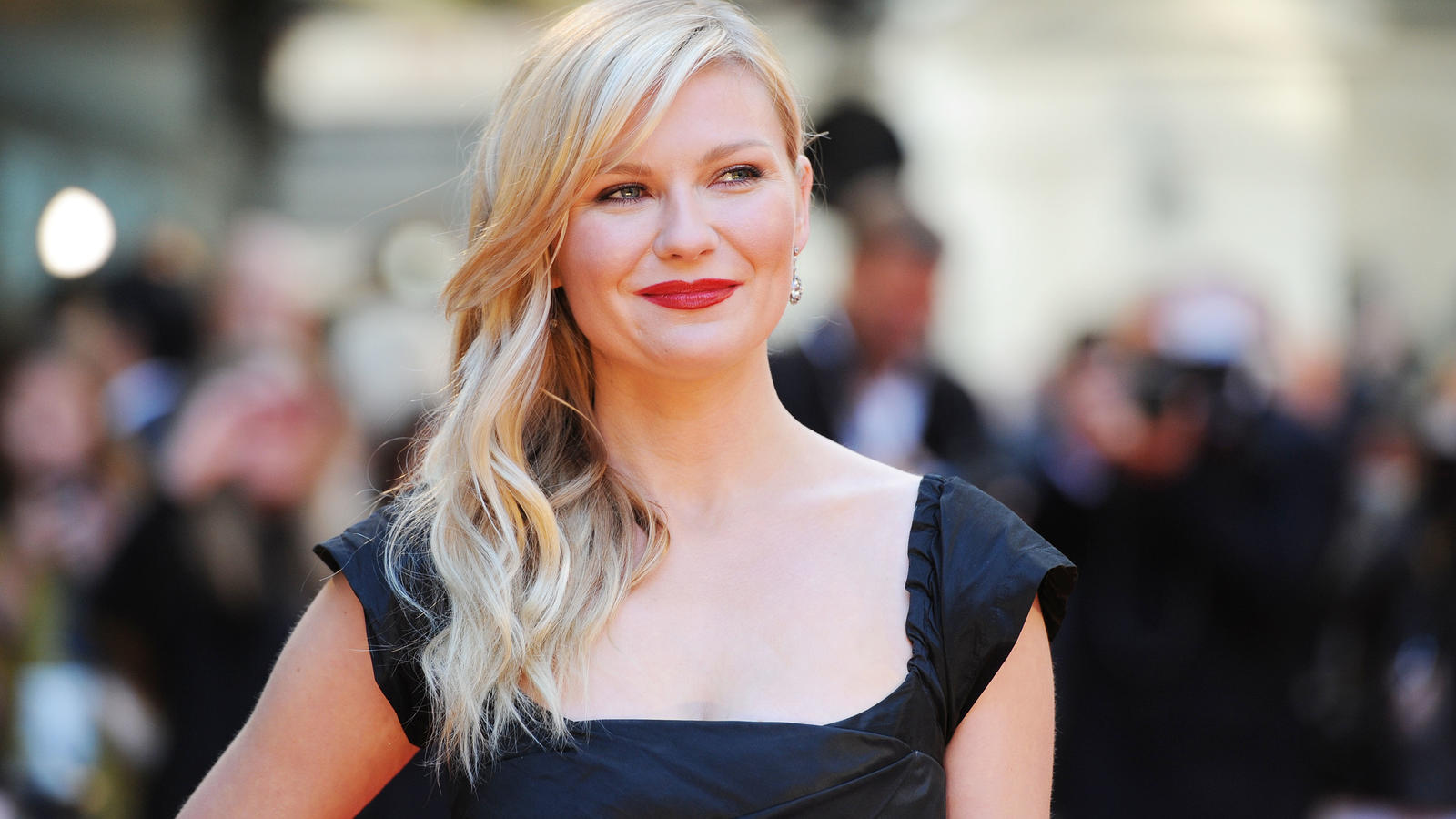 "LONDON, ENGLAND - MAY 13:  Kirsten Dunst attends the UK Premiere of ""The Two Faces Of January"" at The Curzon Mayfair on May 13, 2014 in London, England.  (Photo by Stuart C. Wilson/Getty Images)"
