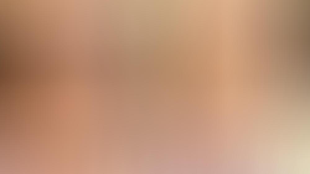 ohne make up daniela katzenberger postet vorher nachher vergleich. Black Bedroom Furniture Sets. Home Design Ideas
