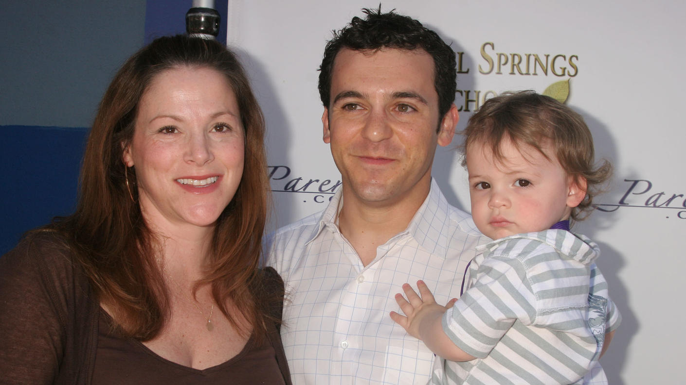 Fred Savage with wife Jennifer Lynn Stone-Savage and son Oliver Savage at the Biz Parentz Foundation's 4th Annual CARE Awards