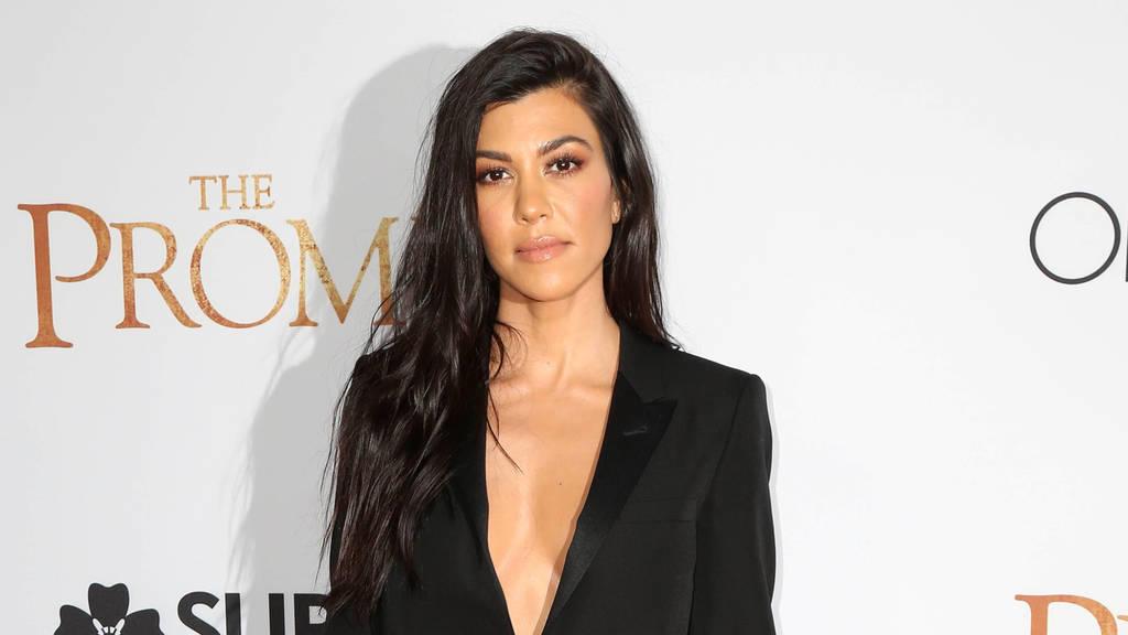 Kourtney Kardashian zeigt ihre pralle Kehrseite