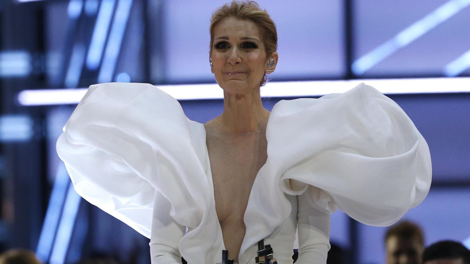 Tränen und Hammer-Outfit: Celine Dion feiert Song-Jubiläum
