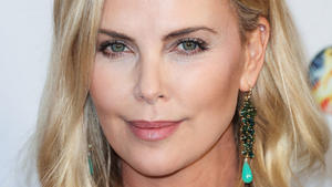 Charlize Theron datet Halle Berrys Ex