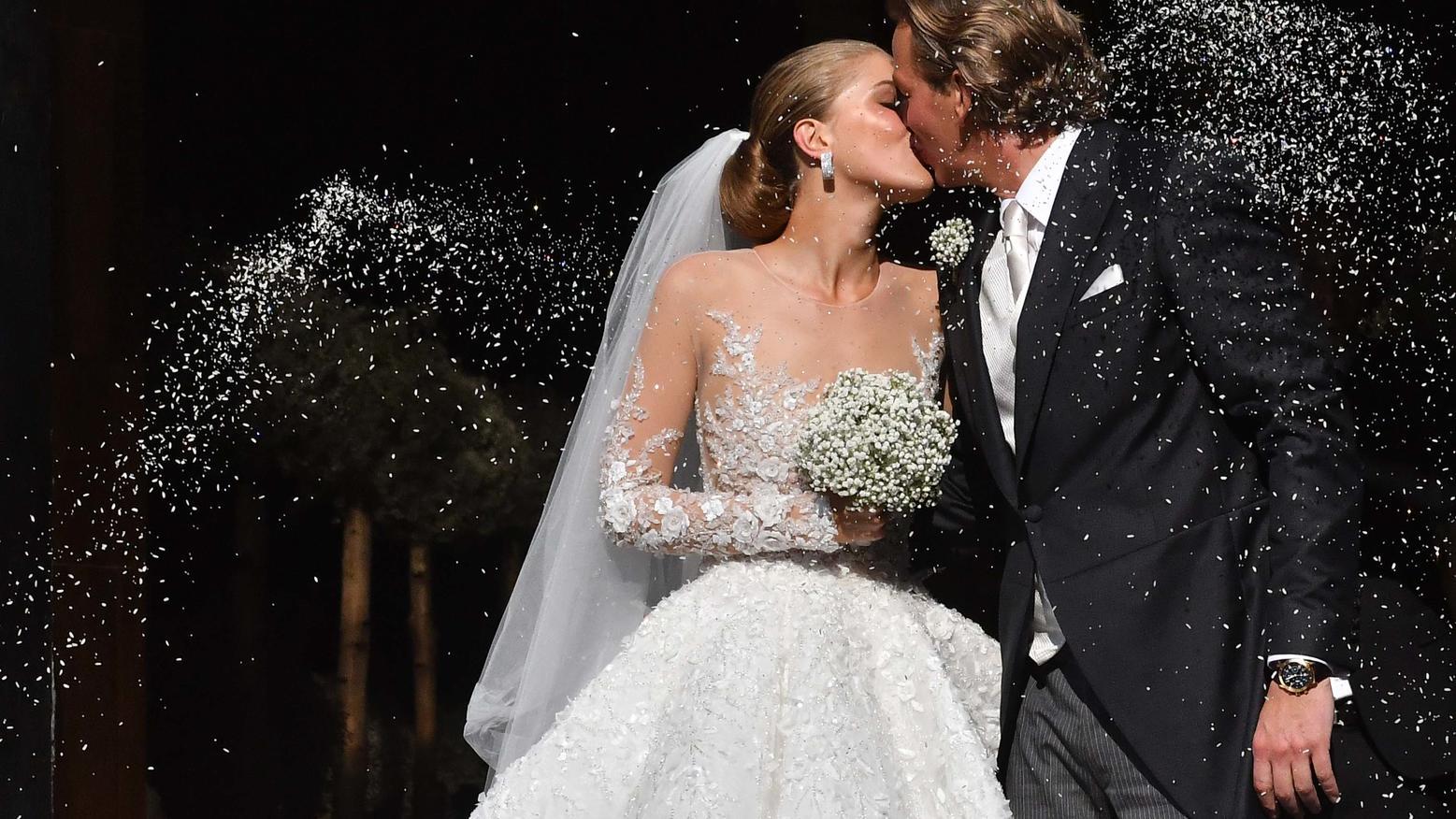 Swarovski: Hochzeitskleid um 800.000 Euro