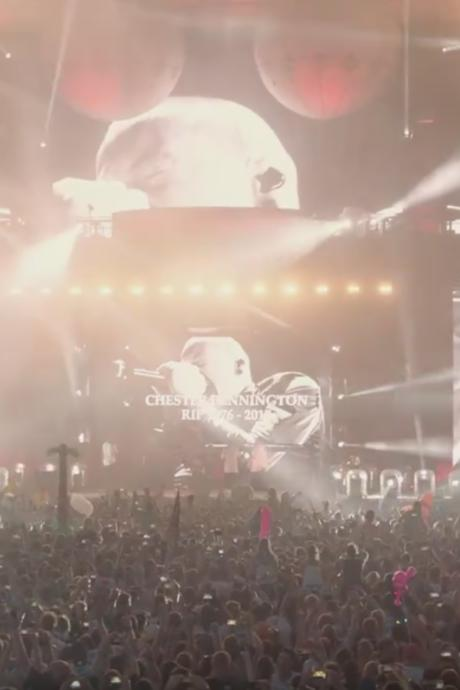 Emotionale Hommage an Chester (†)